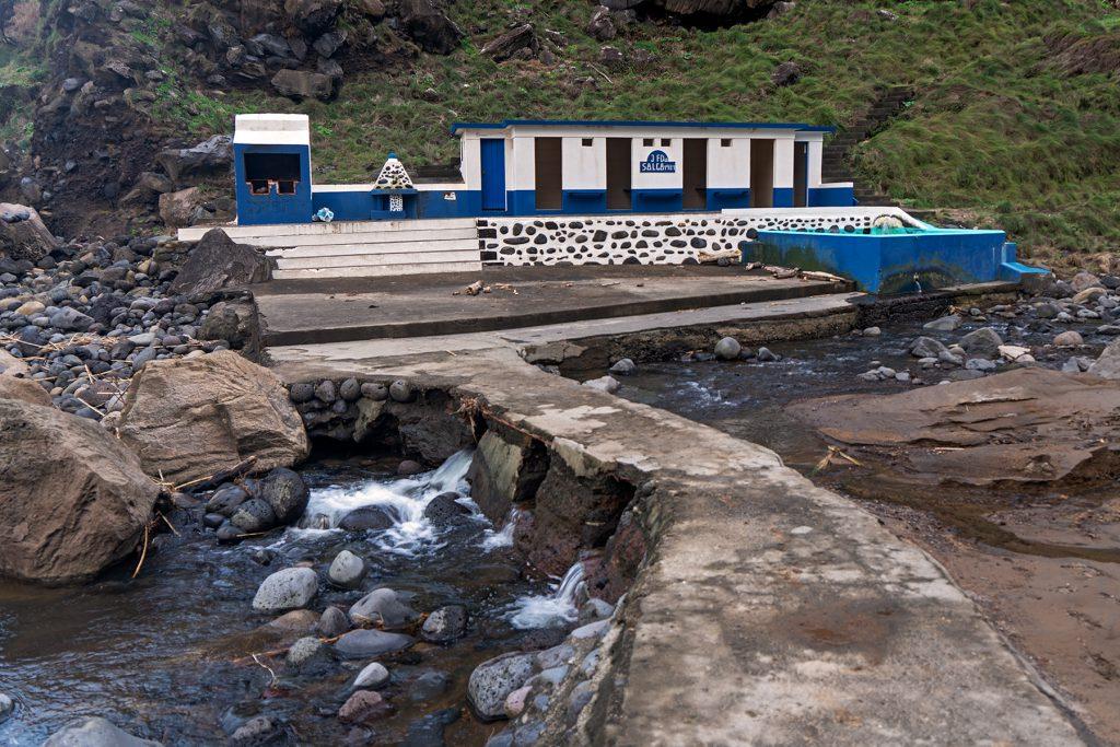 Stadterkundung, Azoren, São Miguel, Schwimmbad, Hafen, Naturschwimmbecken