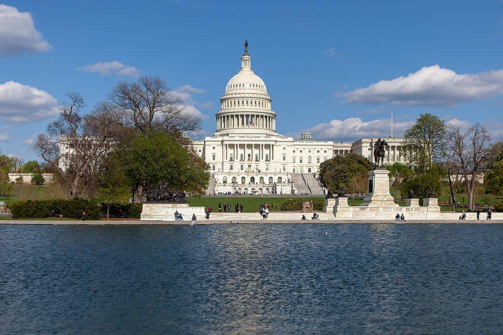 Das Capitol hinter dem Reflecting Pool