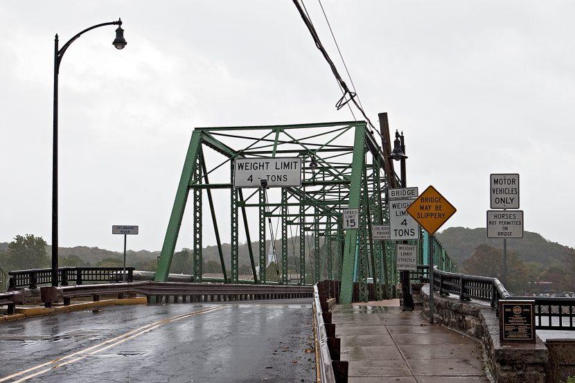 Brücke aus Stahlträgern