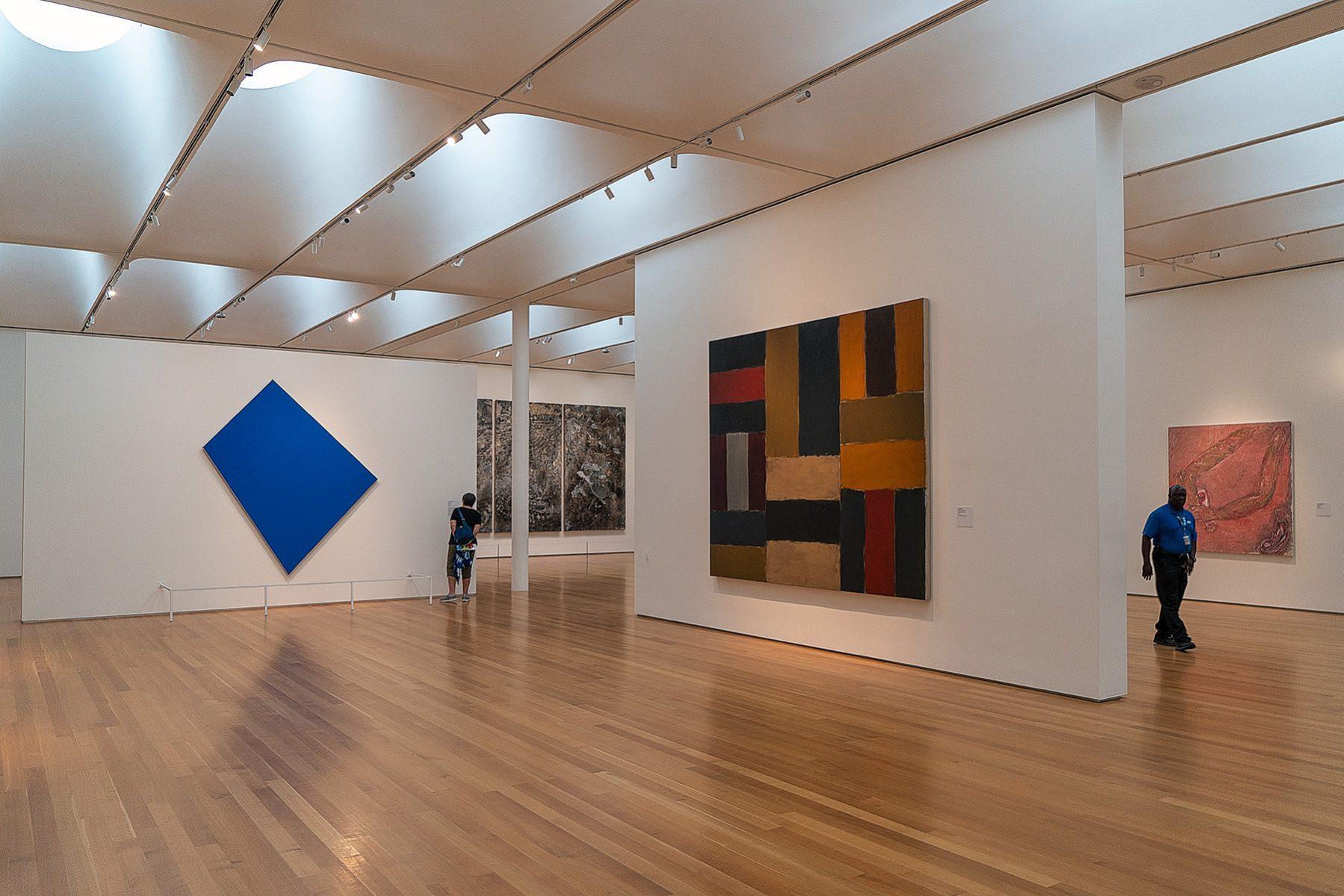 Zeitgenössische Bilder im Raleigh Art Museum